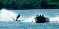 Waterskiing/Wakeboarding